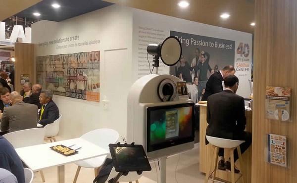 Animation photomaton associée à une collecte de données sur un stand lors d'un Salon Professionnel